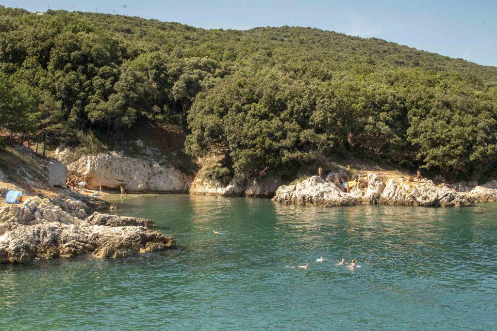 Un lembo di costa dell'Istria orientale, nei dintorni di Labin